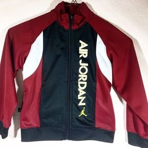 Perfect for Fall Weather Air Jordan Jacket 4T